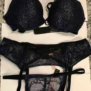 Victoria Secret Bra Set Bombshell